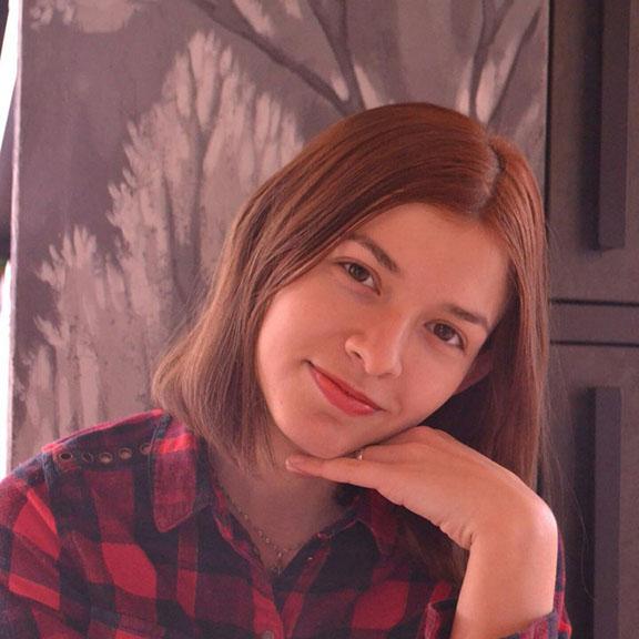 Nadezhda Savina - Copywriter of ZDM-auto
